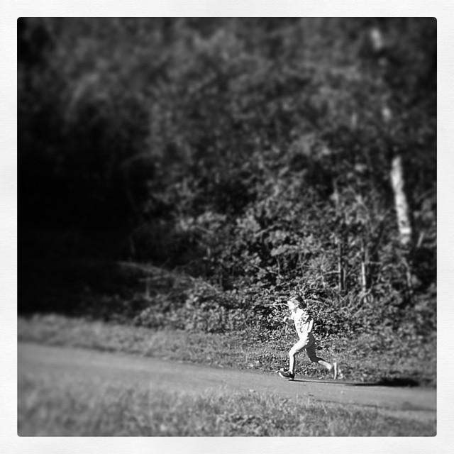 Ailbe Running B&W.jpg