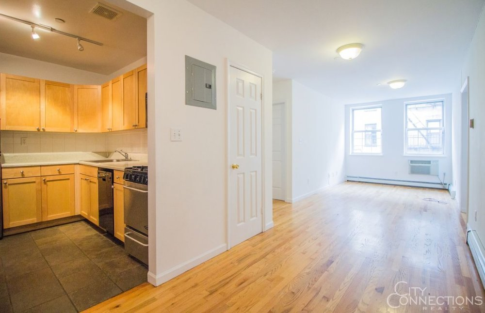 539 E 6 Street #2B - Gorgeous Renovated 2 Bedroom in Elevator / Laundry Building!Welcome to recently renovated 2 Bedroom unit with massive living space, separate renovated kitchen (with dishwasher) and great natural light. The unit can be converted to 3 Bedrooms. Set in elevator / laundry building in the heart of East Village!Rent: $3,500 /monthTerms: 12 - 12 MonthsAvailable: January 15th