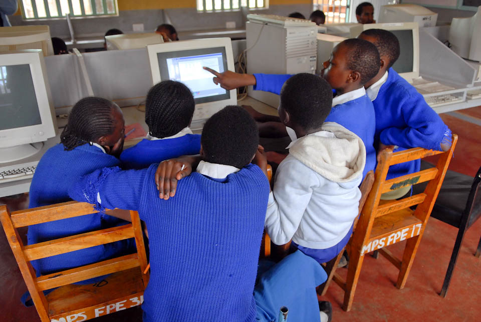 Students at a Technology Partnership school in Meru, Kenya (               © Darcy Varney 2009)