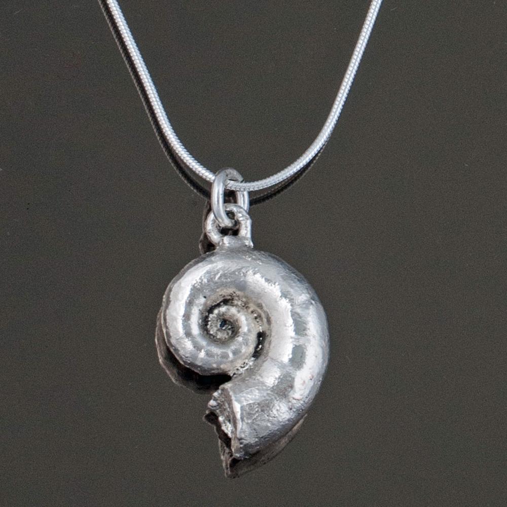 Snail shell earring.jpg