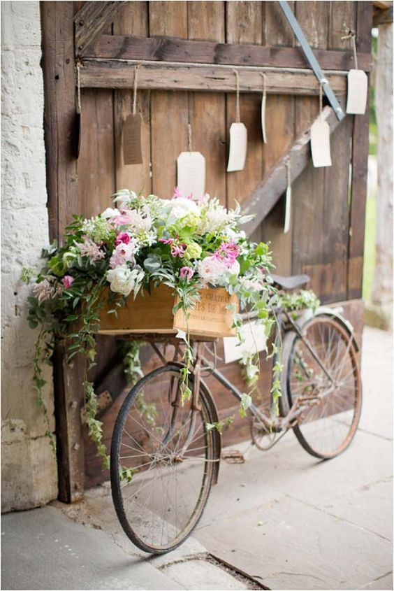 vintage wedding decoration