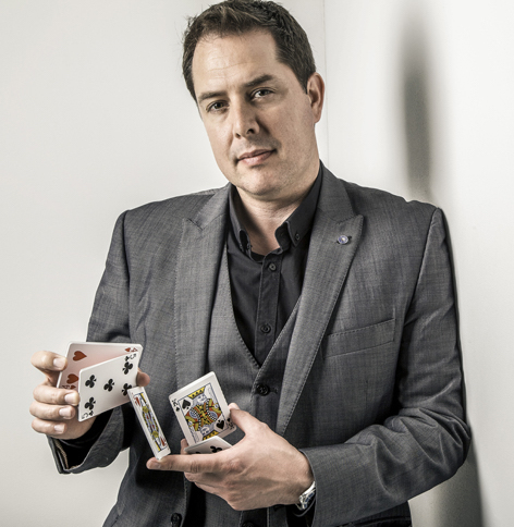 richard-parsons-gloucestershire-magician.jpg