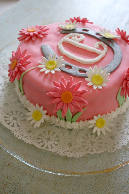 cake1_o.jpg