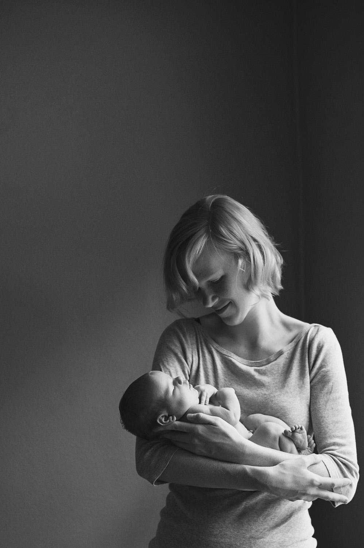 Ames Iowa lifestyle newborn photography