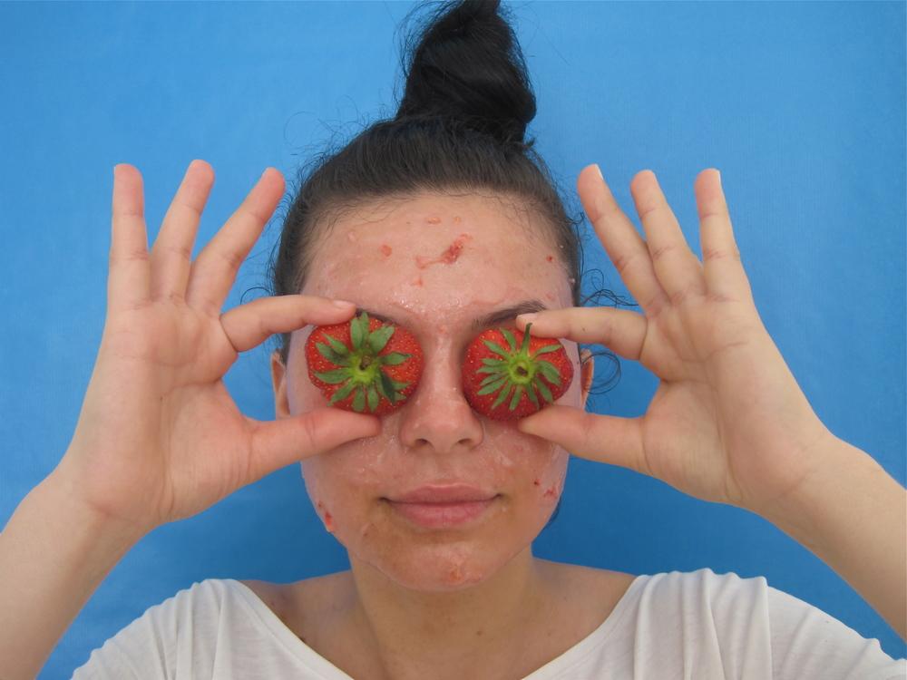 Joghurt-Honig-Erdbeere-Gesichtsmaske.JPG