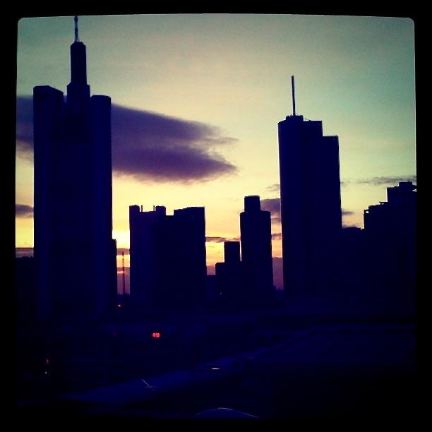 Folge-ME-nach-Frankfurt-am-Main.JPG
