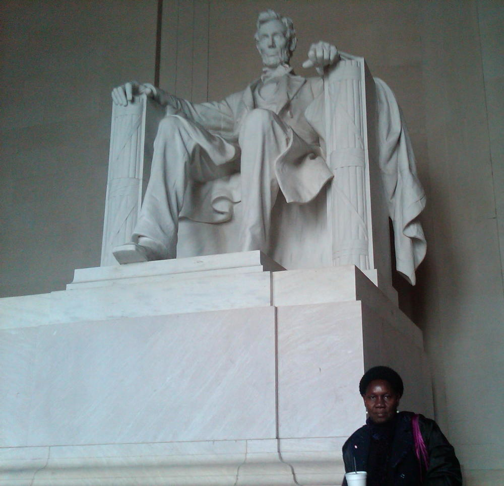 South Sudanese Mothers Union Head & Lincoln Memorial 2013 © Flyga Twiga LLC