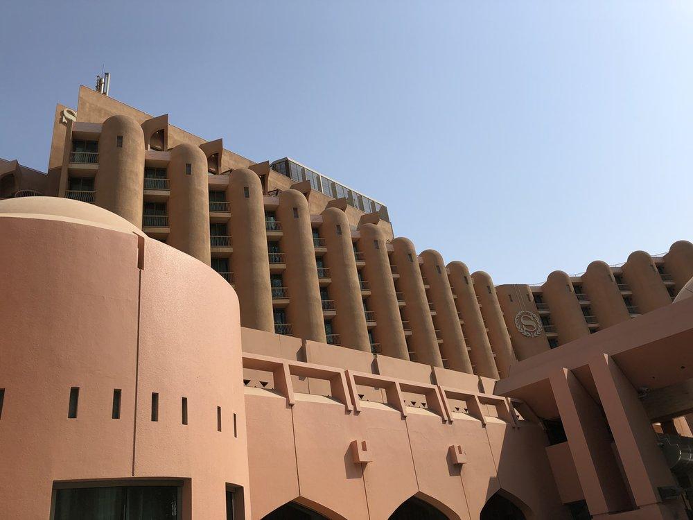 Sheraton Hotel & Resort Abu Dhabi © Flyga Twiga LLC
