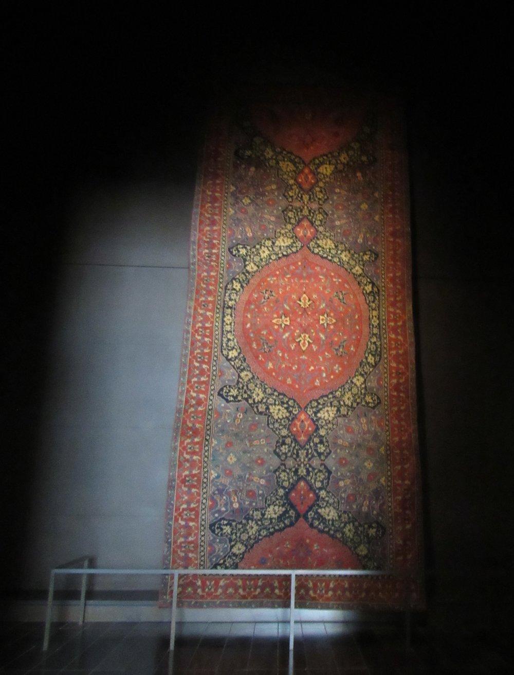 Oriental Rug Louvre Abu Dhabi © Flyga Twiga LLC