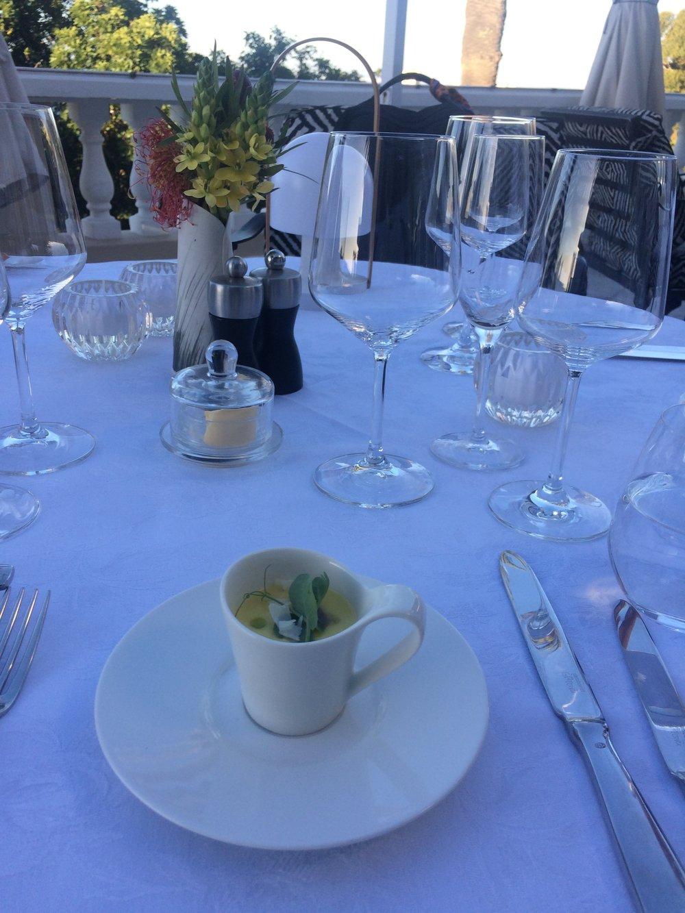 Dining at Ellerman House ©Flyga Twiga LLC