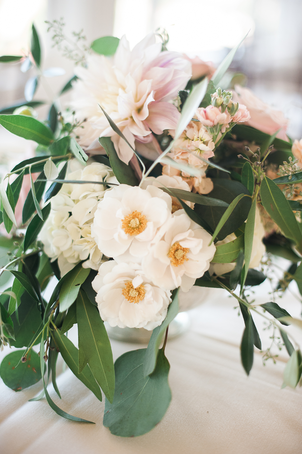 Blush & ivory, garden romantic wedding by San Diego wedding florist, Compass Floral.   Brandi Welles Photography.