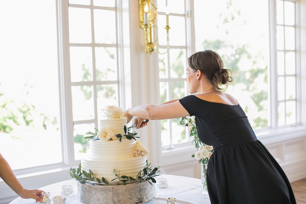 Carmel Mountain Ranch Country Club. Olive branch & rose cake decorated by San Diego wedding florist, Compass Floral. Cake by Edelweiss Bakery.   Brandi Welles Photography.
