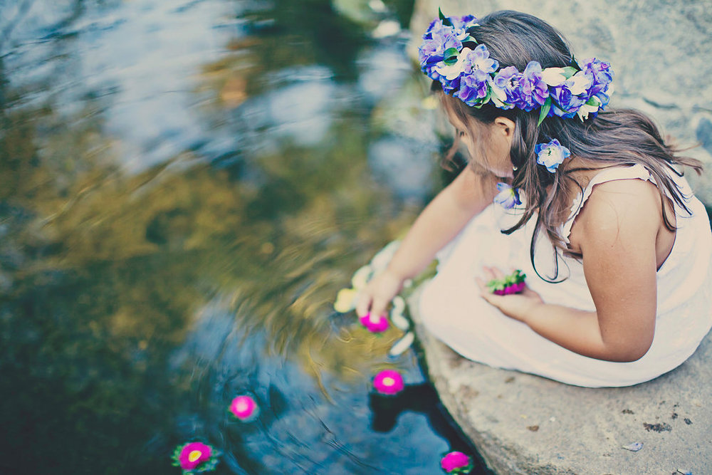 Flower girl crown by San Diego florist, Compass Floral.