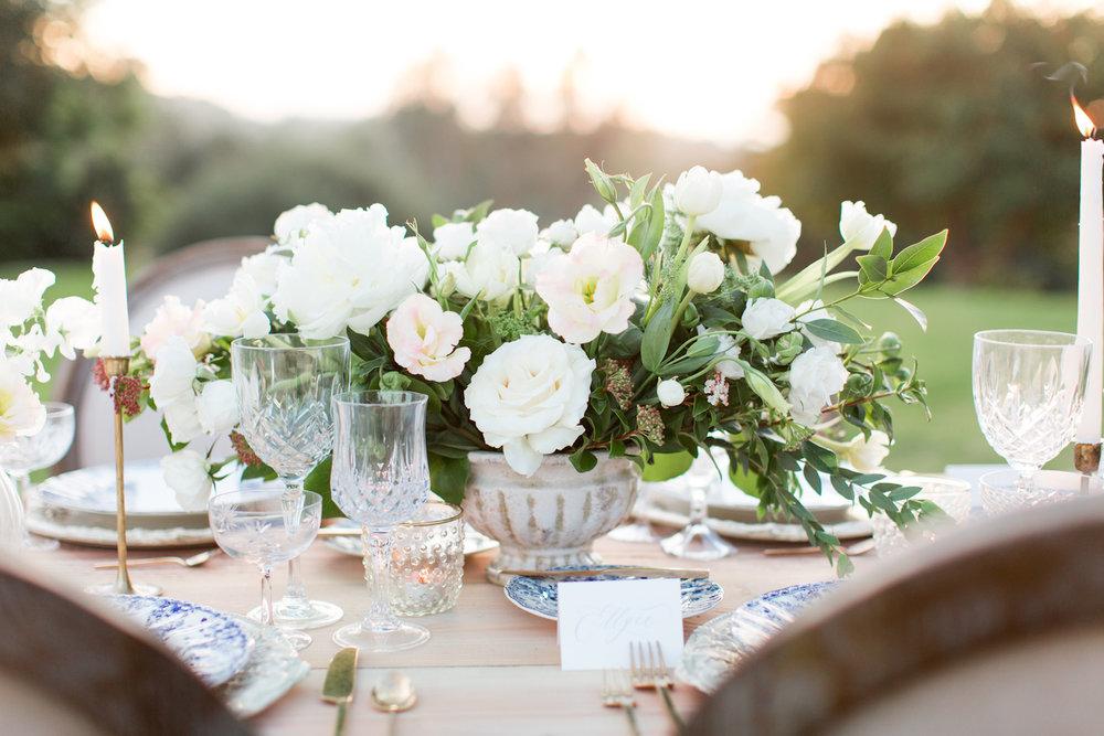 White peony & garden rose centerpiece by Compass Floral | Rancho Valencia, Rancho Santa Fe.