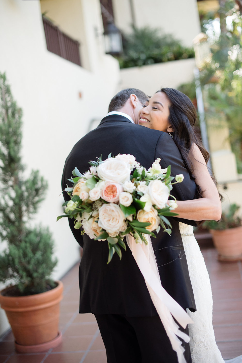 Muted neutral bridal bouquet by Compass Floral | Estancia Hotel & Spa, La Jolla.