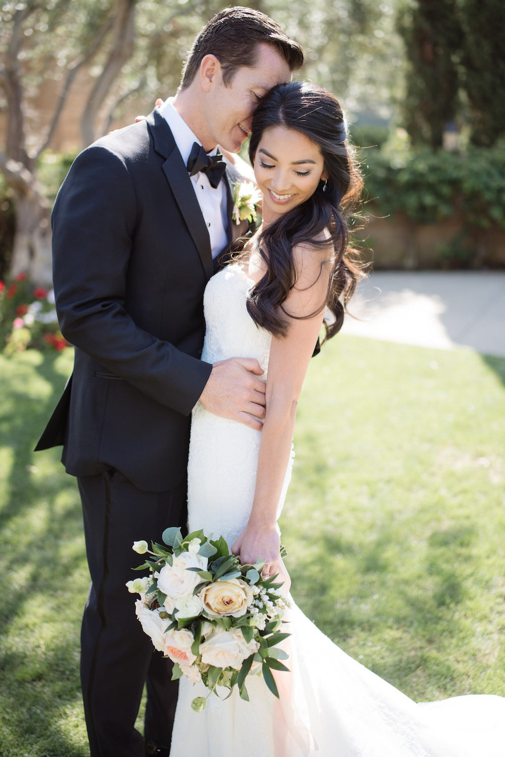 White, blush & peach garden wedding by Compass Floral | Estancia Hotel & Spa, La Jolla.