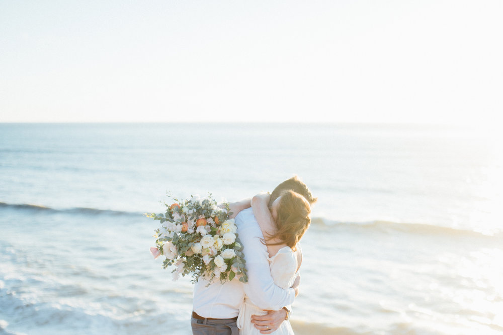 Beach anniversary editorial by San Diego florist, Compass Floral // Eva Lin Photography.