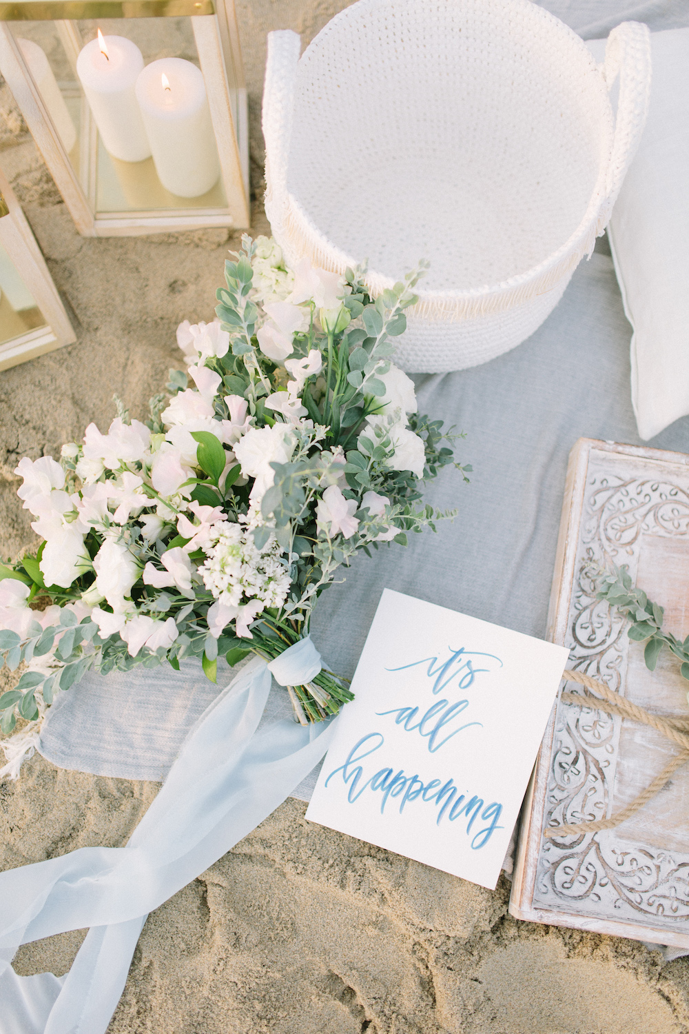 Laguna Beach, Summer fun styled shoot. Bouquet by Compass Floral. Design & Planning // Events by Talissa Photographer // Garrett Richardson