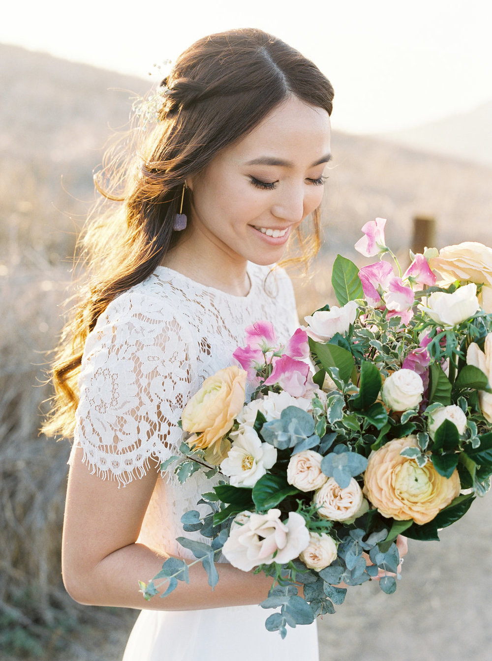 Dreamy golden hour field engagement photo session | Bouquet by Compass Floral | Wedding Florist in San Diego and Southern California | Meiwen Wang Photography    #gardenromantic       #sandiegowedding     #sandiegoweddingflorist       #orangecountyflorist     #floraldesign       #dreamwedding     #fineartwedding     #fineartflowers     #fineartcuration     #weddingdetails     #weddinginspiratio   n #engaged #engagementphotos #engagementphotooutfitinspiration #fieldphotos #dreamyphotos #goldenhour   #engagementphotobouquet