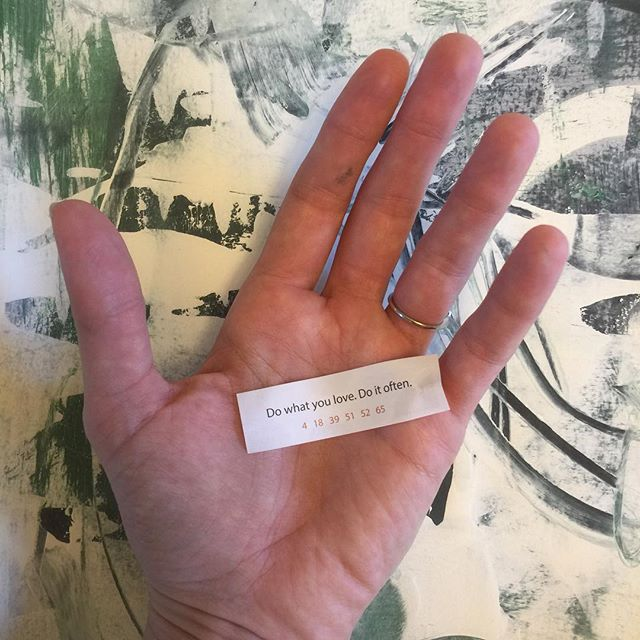 Ok fortune cookie. I will do as you say. • • • #fortunecookie #makeart #abstractpainter #inspirational #maketimeforart #domoreofwhatyoulove #makemore #domore #artistic_support #artiste