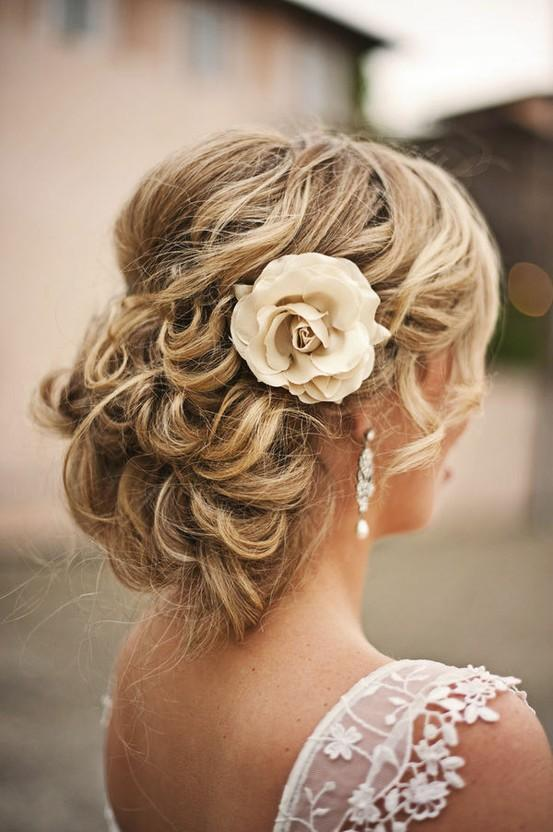 PLATINUM HAIR SALON   Wedding Party & Prom Hairstyling: 262.763.6800 or platinumonpine.com