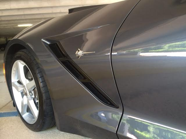clean Chevy Corvette 2014_3.jpg