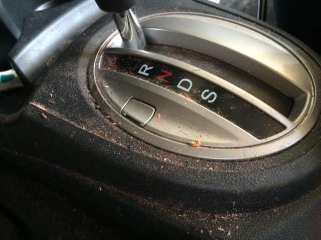 dirty Honda Fit 2009_5.jpg