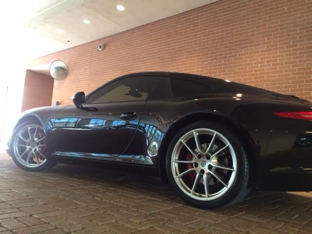 clean Porsche 911 S 2012_8.jpg