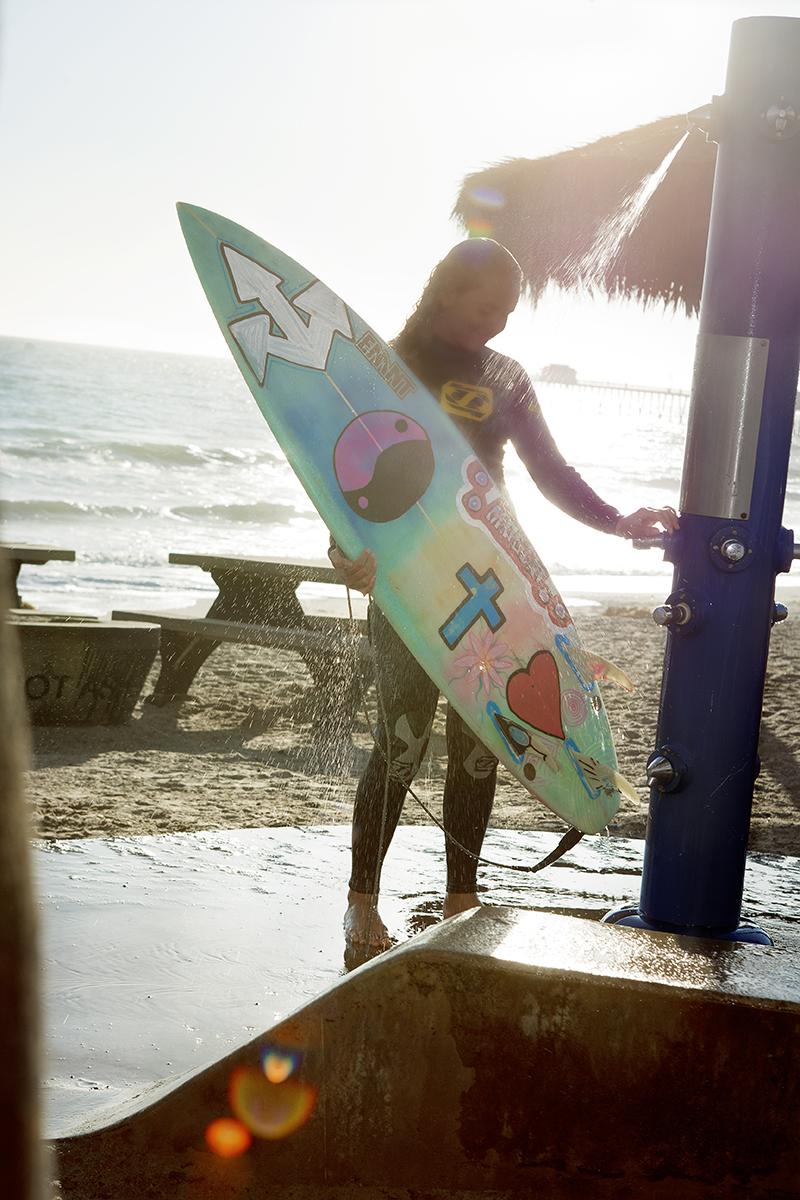 augustblog_©2017_garymossphotography_surfer.jpg