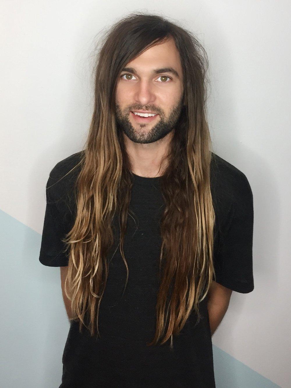 Andrew / Stylist