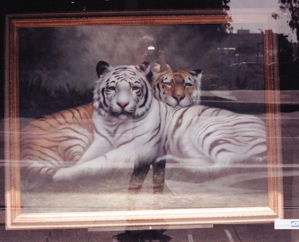 2200px-04-tigerspaintingpage.jpg
