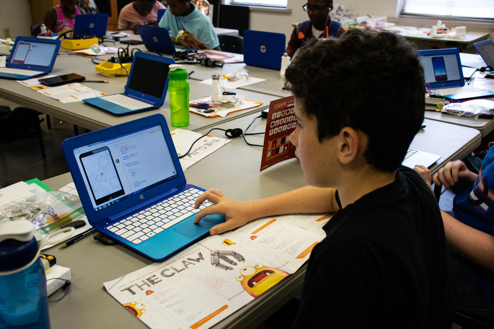 Engineering and Tech camp hi-res 2018June-0314.jpg