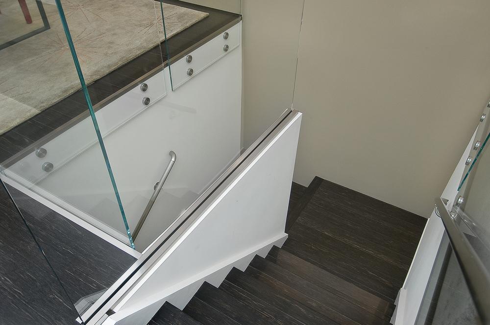 5-246 Sanchez Staircase Detailg.jpg
