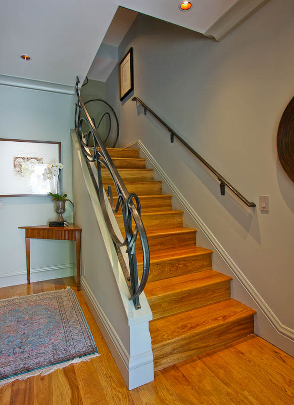 7-3715 22nd Stair.jpg