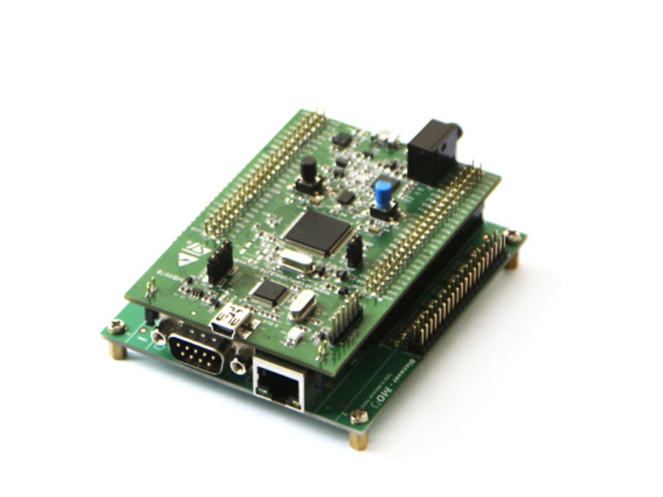 The STM32F4 development boards are an ideal platform to run Python Whelp with picoTCP.