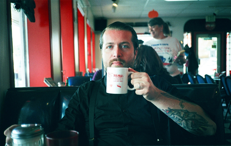 TJ_PHOTO_BY_EMILY_DENTON_AT_THE_DOUBLE_R_DINER_-IN_TWIN_PEAKS1.jpg