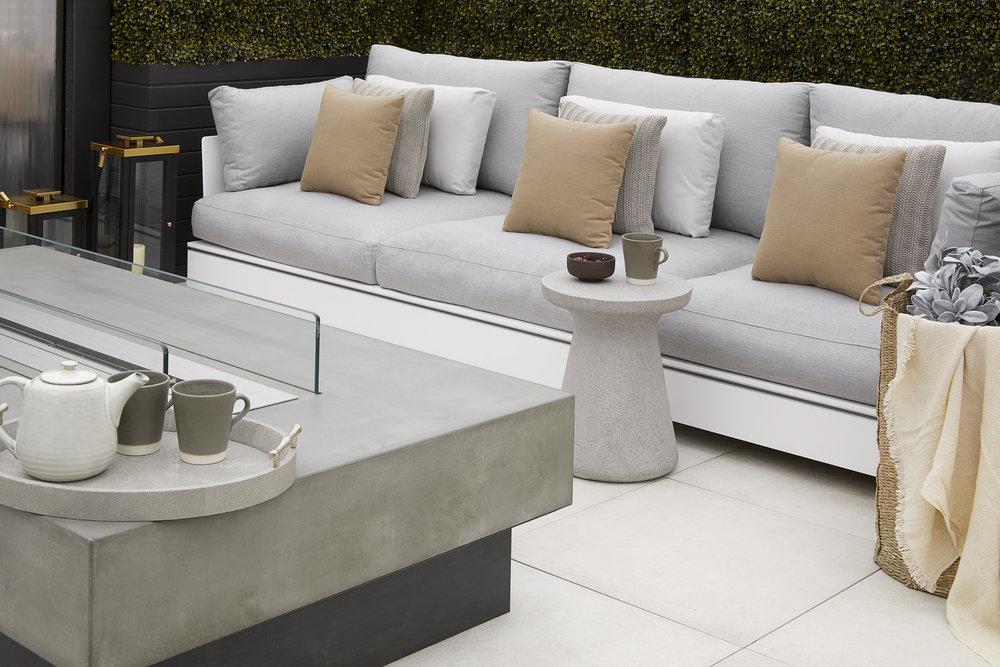 forma-studios-coloured-concrete-furniture-uk-concrete-worktop-concrete-basin-pink-concrete-mint-green-concrete-furniture-concrete-countertop-concrete-sink-concrete-table-concrete-interiors-uk-bespoke-design-bespoke-furniture-www.formast (2).jpg