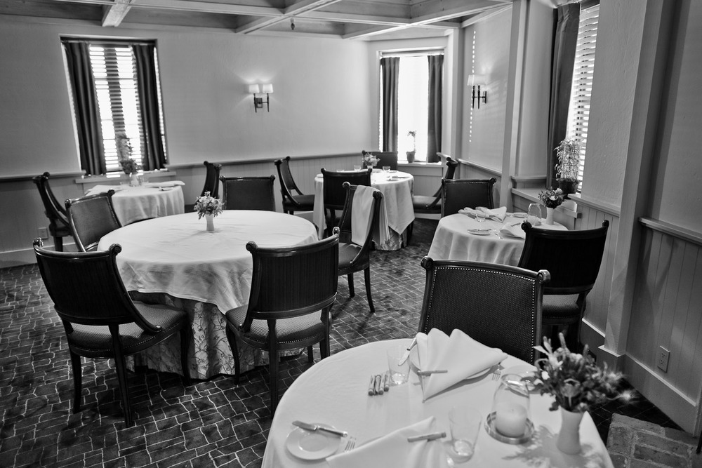 The-Frenc-Laundry-Yountville-CA-The-Main-Dining-Room.jpg