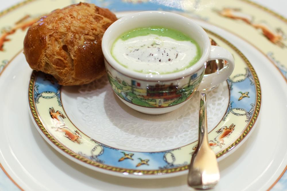 Soupe aux Petits Pois et Crème Fraîche