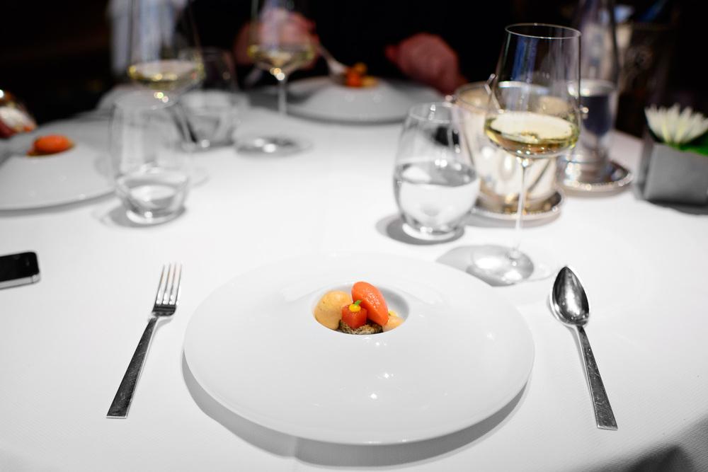 9th Course: Blood orange - orange purée, earl grey génoise, bl