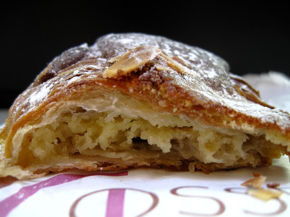 Philippe Gosselin - Interior of Croissant