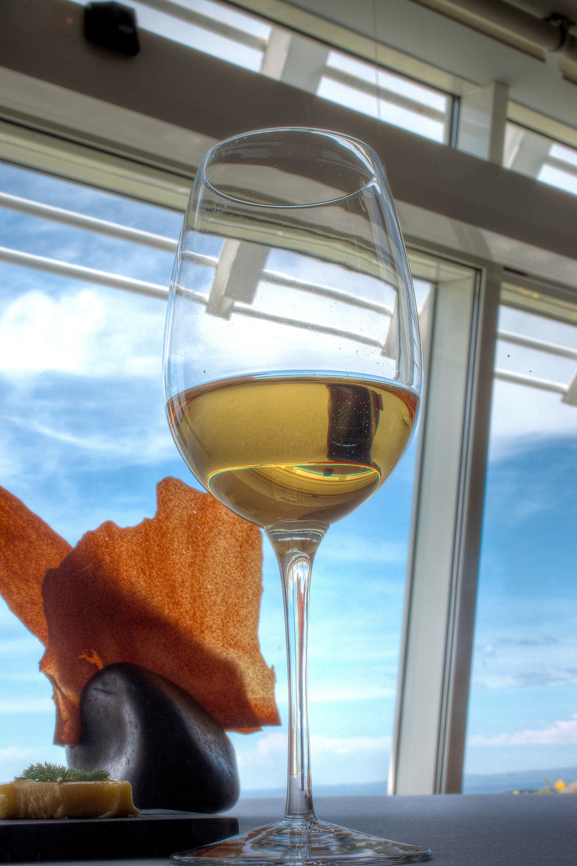 Michel Bras - Un verre de champagne