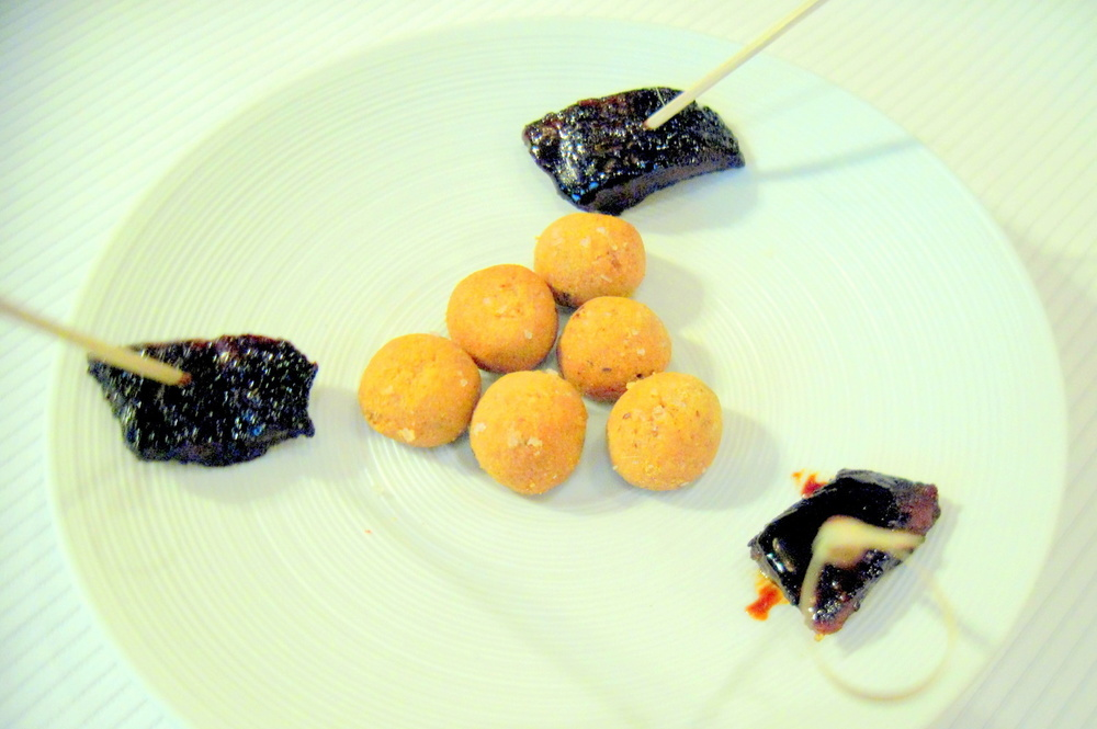 Pierre Gagnaire, Paris - Soy-glazed eel with gingerbread