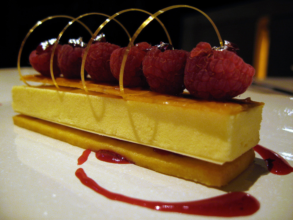 Beige, Tokyo - Raspberry sable in a delicate almond flavor
