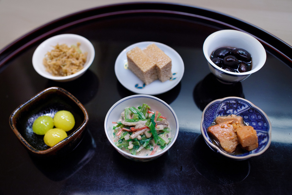 Chihana, Kyoto, Japan - Small fish, cod roe, black beans, ginko nuts, vegetables in sesame paste, monkfish liver