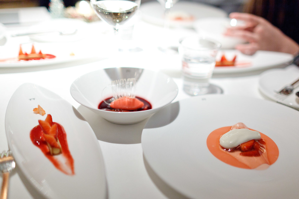 Pierre Gagnaire, Tokyo - Table of desserts