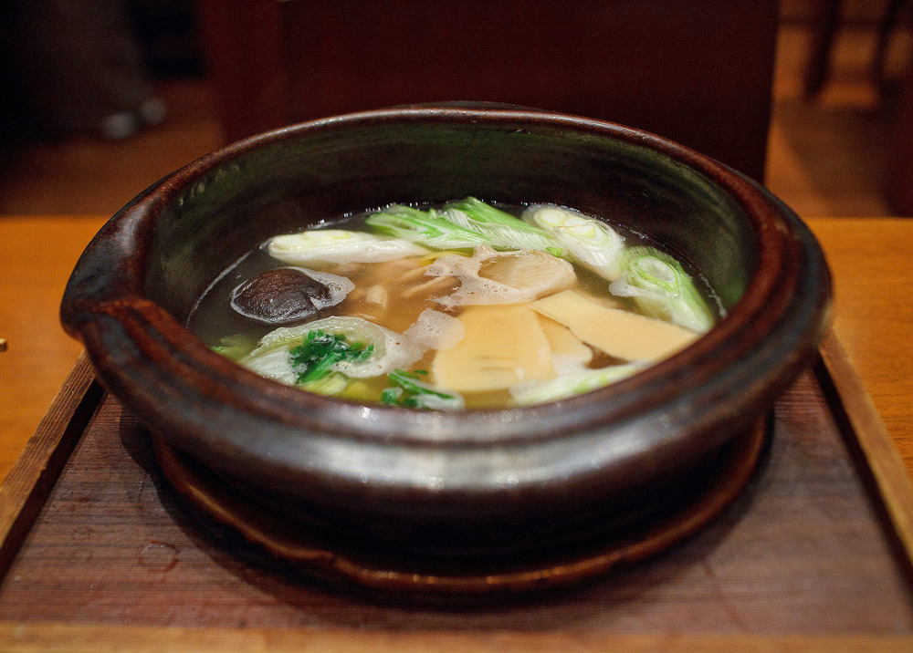 Kozue, Tokyo - Simmered chicken, bamboo, radish, and shitake mushroom in hot pot