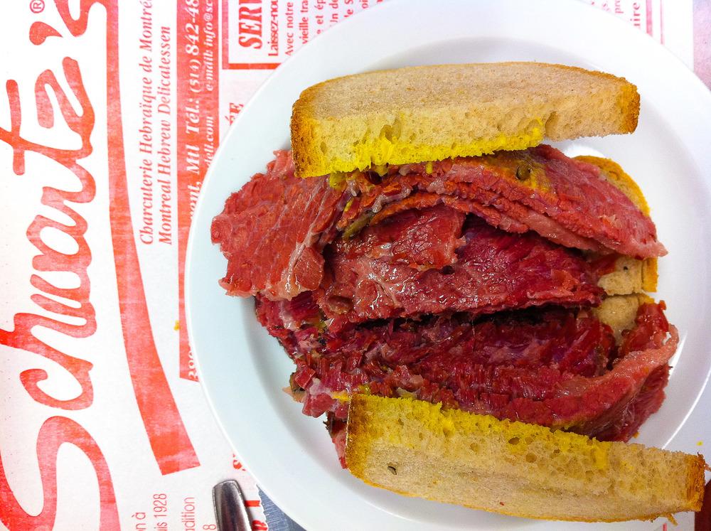 Schwartz's, Montreal - Smoked Meat Sandwich, Overhead