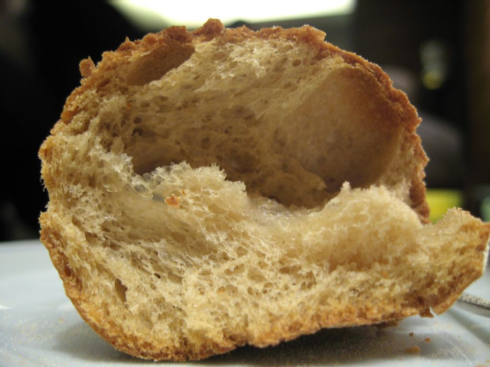Table Bread Interior