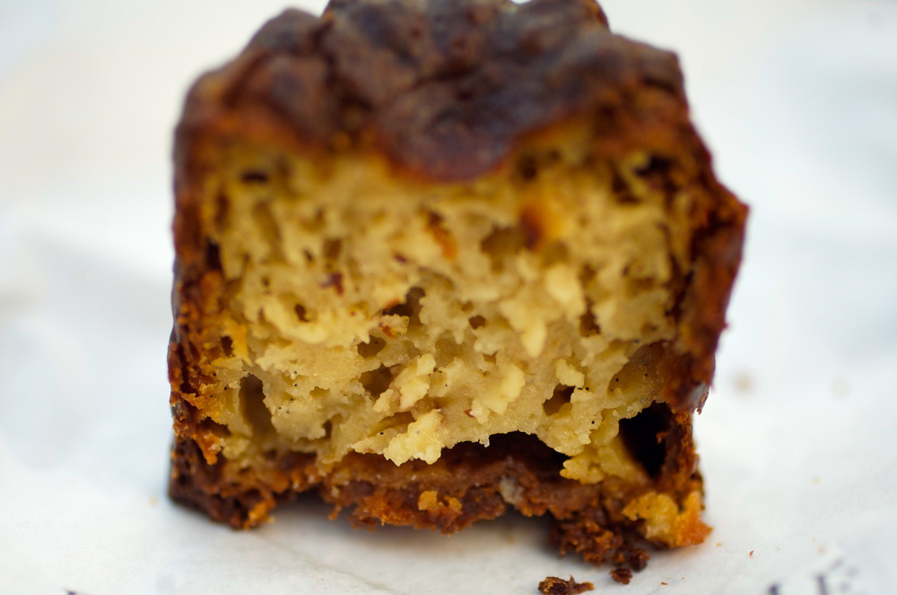 Cannelé Inside